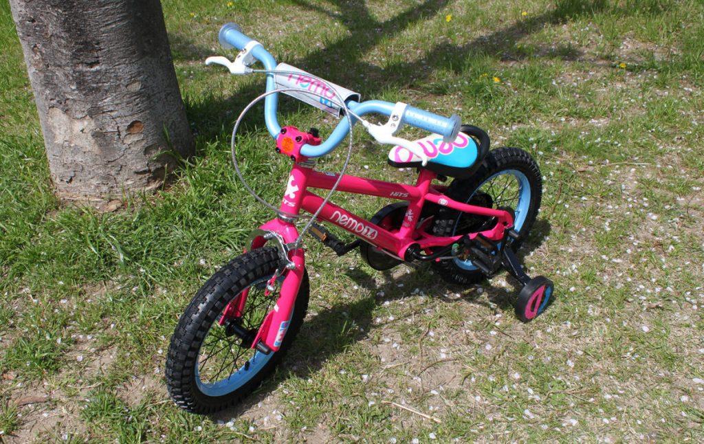 3歳の自転車は何インチがおすすめ?14インチのHITS Nemo(ヒッツネモ)は少し大きかった