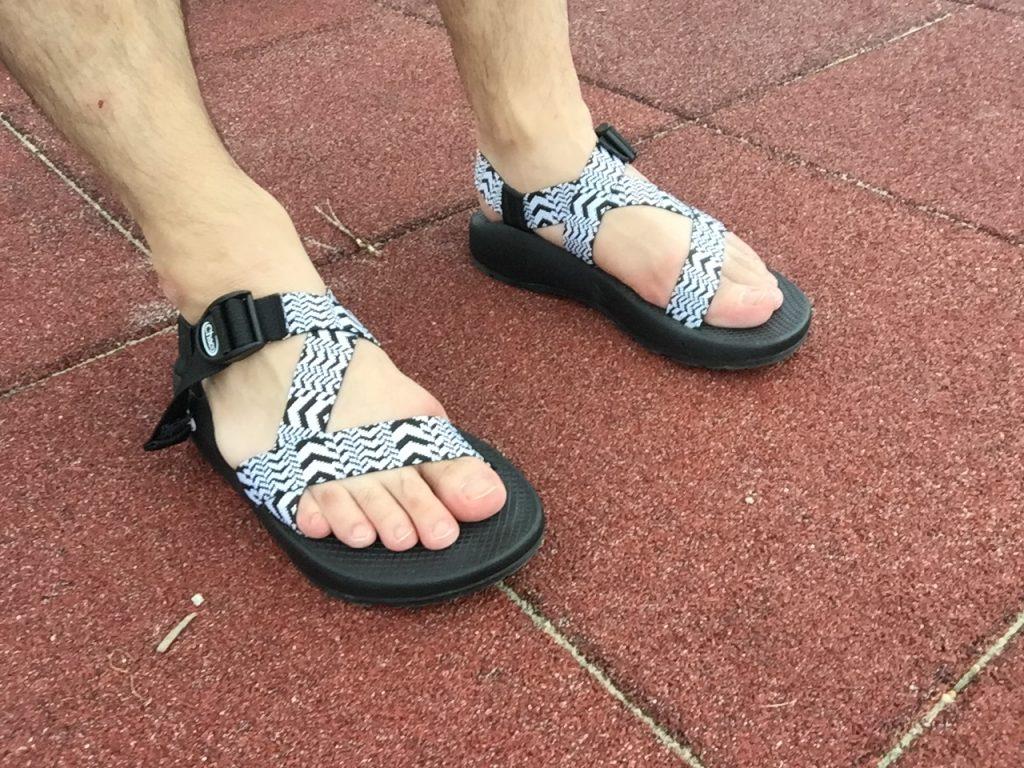 チャコのサンダルをひと夏履いてみた感想と履き心地~実際重い?