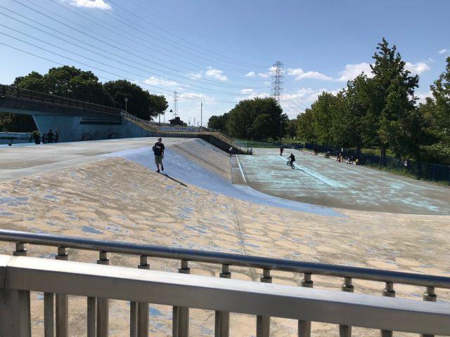 深北緑地のスケートボードバンク