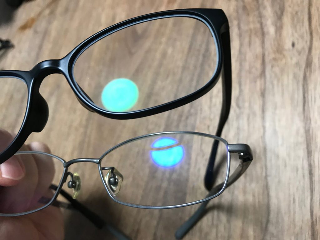 レンズによって見え方・色味が違う