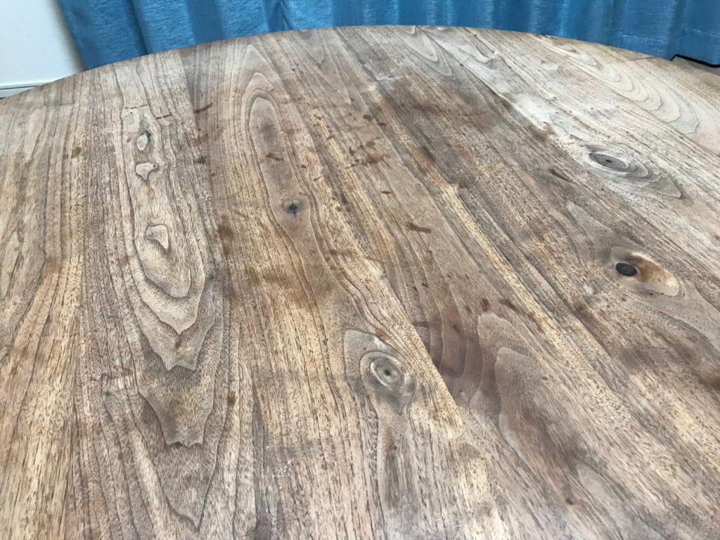 無垢テーブルの輪染み