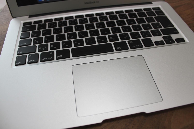 MacBook Airのキーボードが故障!左クリックが右クリックになり文字入力もおかしい